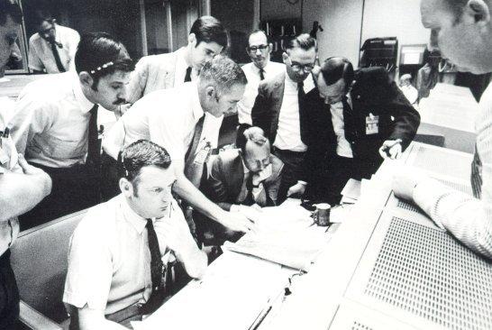 apollo 13 mission control - photo #13