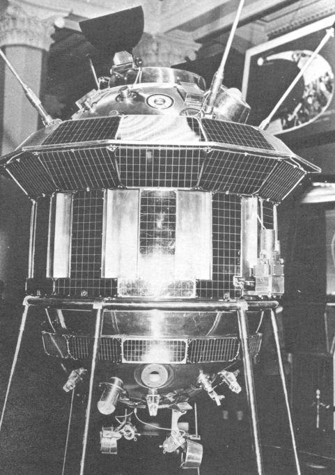 Luna 3 Probe Lunik 3 photograph  National Air and