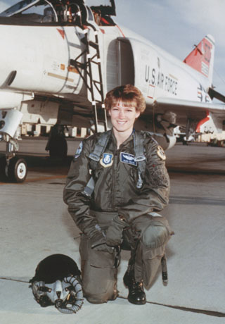a history of eileen collins a nasa astronaut Eileen collins collins was the first female pilot and first female commander of a  space shuttle facebook | instagram | scary story website.