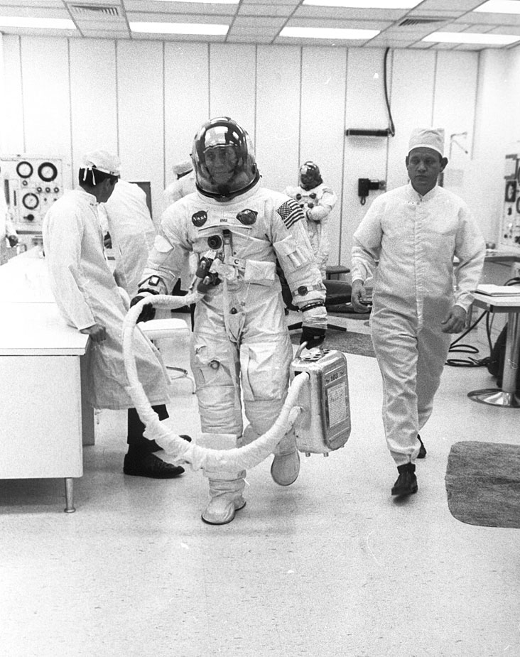 nasa apollo flight journal - photo #44