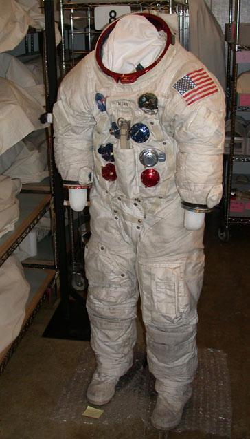 nasa apollo 11 space suit - photo #24