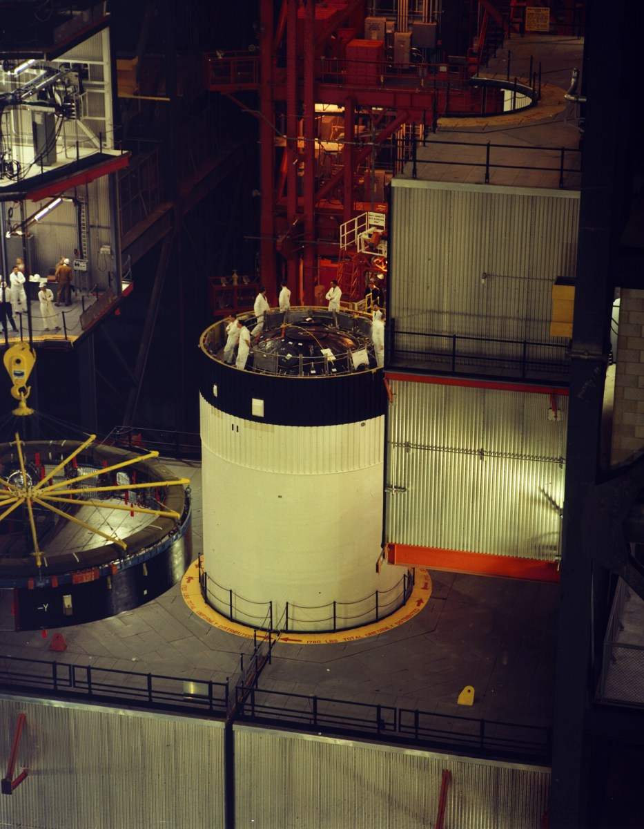Workers prepare the S-IVB for mating of the Instrument Unit