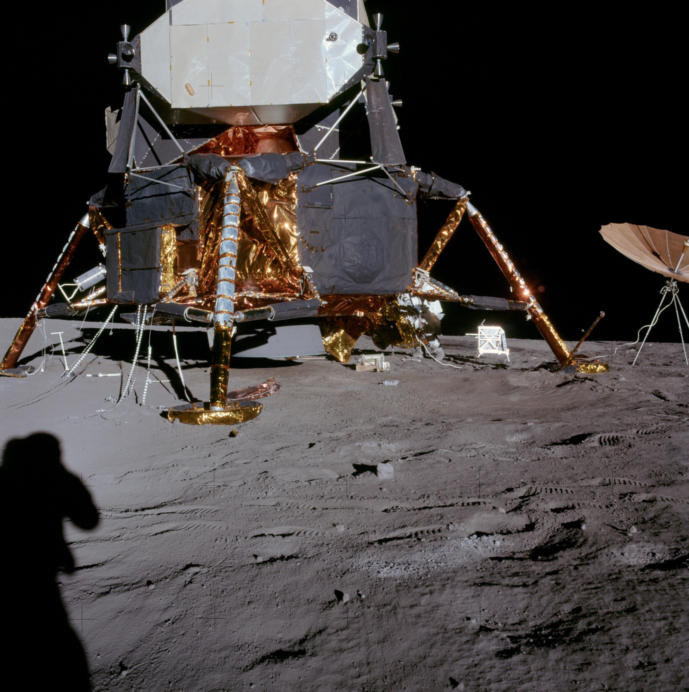 apollo 11 space mission - HD1593×1600