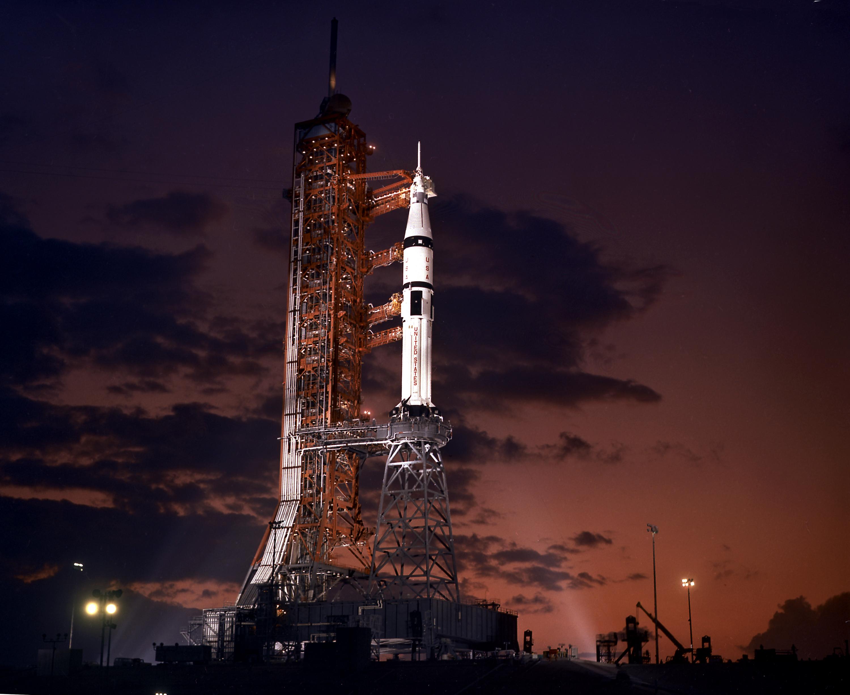 Apollo-Soyuz Test Project - (15-24.07.1975) ASTP%20Saturn%20IB